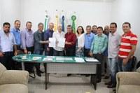 Assinatura de Convênio R$ 825.000,00